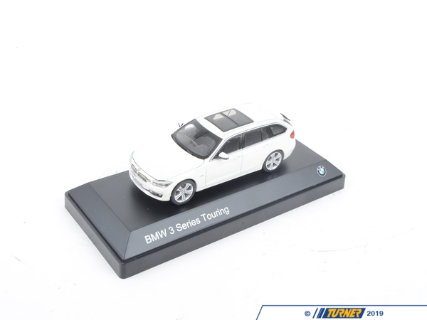 T#213811 - 80422244249 - Genuine BMW Miniature 1:43 3-Series Touring F31 - 80422244249 - Genuine BMW Bmw Miniature 1:43 3-Series Touring F31 F31 3ER WHITE43This item fits the following BMW Chassis: - Genuine BMW -