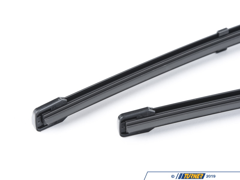 how to change rear wiper blades on bmw 1 series