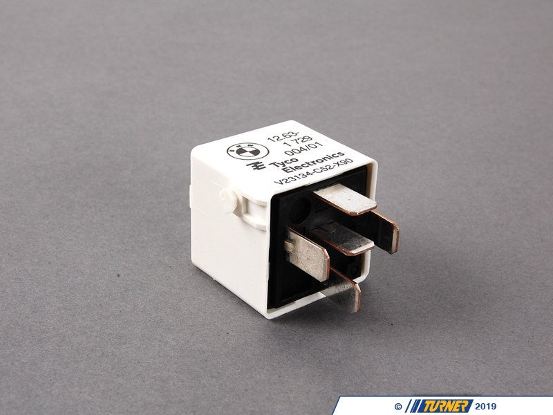 61361729004 Main Ecu Relay White E30 E36 E39 E38