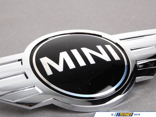 T#8860 - 51147026184 - Genuine MINI Emblem Front Chrom - 51147026184 - Genuine Mini -