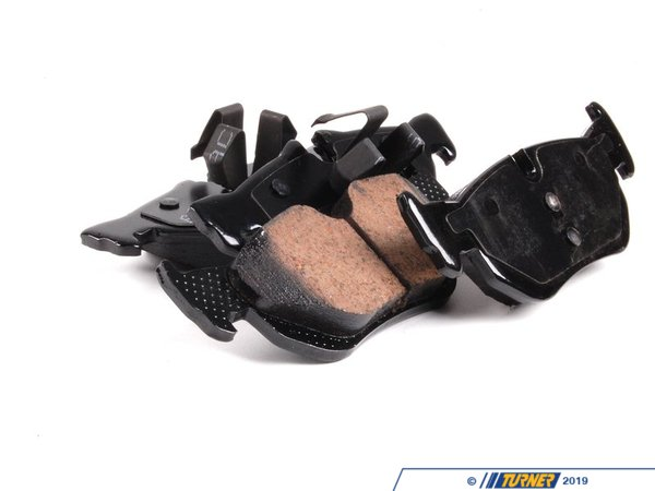 T#362160 - eur1267 - Akebono Rear Euro Ceramic Brake Pad Set -- E9X E84 E87 - Ceramic Brake pads have advanced a great amount and show drastic advantages over traditional metallic and semi-metallic brake pads. Akebono in particular has been producing brake pads for major brands for years and their Euro brake pads have seen use in over 90 models of vehicles as the OE brake pads, ensuring high, consistent quality.Thanks to Akebonos pad formulation, you can enjoy many benefits including:Reduced Heat AbsorptionReduced Brake FadeReduced Stopping DistancesSignificantly Less Brake DustIncreased Brake Rotor LifeThis item fits the following BMWs:2006-2013 E9X BMW323i 325i/xi 328i/xi2012-2015 E84 BMW X12008-2013 E87 BMW 128i - Akebono - BMW