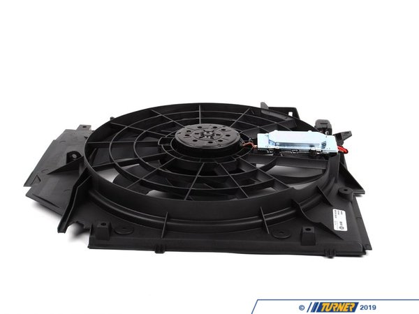 T#2075 - 17117561757 - Electric Engine Fan - E46 323i 325i 325i 330i - Manual Transmission - Mahle-Behr - BMW