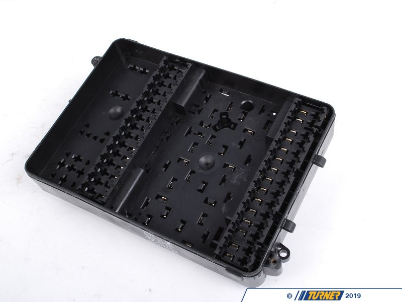 Genuine bmw fuse box  e