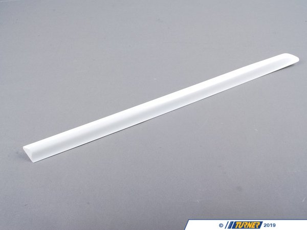 T#20992 - 51137001046 - Genuine BMW Molding, Fender, Primed Rear Right - 51137001046 - E46 - Genuine BMW Molding, Fender, Primed Rear Right - This item fits the following BMW Chassis:E46 - Genuine BMW -