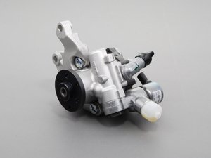 Genuine BMW Power Steering Pump - E9X 335i E82/8 135i (w/ Active Steering)