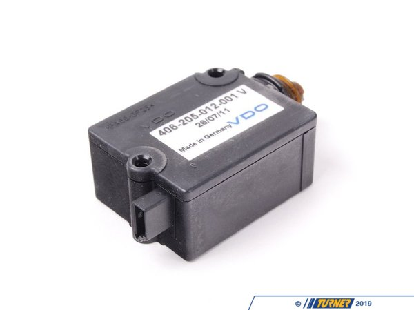 T#11207 - 67118368196 - OEM VDO Trunk Lock Actuator - E39, Z8 - This is a VDO brand trunk lock actuator for the trunk lid of E39 5 series and E52 Z8 models.OEM VDO is one of the largest OE providers in the world, supplying numerous vehicle brands, including BMW, with many of their genuine parts that build the vehicle before they ever reach the car lot. Entrusted by many of the top names in automotives and with their proven history of reliability, it makes all of us here at Turner confident that their line of OEM replacement parts are a perfect option to restore your vehicle's original operation and performance. The same great quality or higher than Genuine BMW parts at a lower cost.As a leading source of high performance BMW parts and accessories since 1993, we at Turner Motorsport are honored to be the go-to supplier for tens of thousands of enthusiasts the world over. With over two decades of parts, service, and racing experience under our belt, we provide only quality performance and replacement parts. All of our performance parts are those we would (and do!) install and run on our own cars, as well as replacement parts that are Genuine BMW or from OEM manufacturers. We only offer parts we know you can trust to perform!This item fits the following BMWs:1997 E39 BMW 528i 540i - Sedan1997-2003  E39 BMW 525i 528i 540i - Wagon2000-2003  E52 BMW Z8 Roadster - VDO - BMW