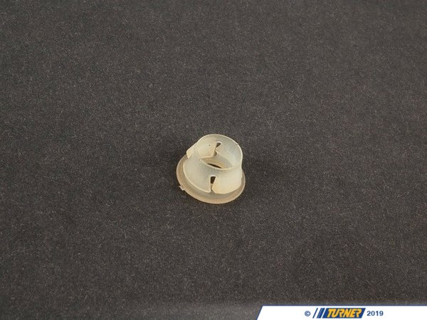Genuine BMW Genuine BMW Grommet - 51131934160 - E34,E38,E39,E65,E34 M5,E39 M5 51131934160