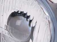 Low Beam Headlight - Right - E32 E34