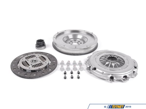 T#3578 - 21207531843 - Valeo Single Mass Clutch Kit - E46 325xi (Thru 08/03), 330i 5 speed (Thru 03/03), E39 530i, Z3 3.0 - Single mass flywheels can be resurfaced while it is recommended that dual mass flywheels are not.