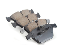 Akebono Front And Rear Euro Ceramic Brake Pad Kit -- E9x 335
