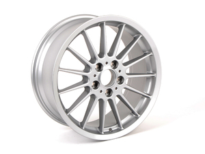 "E46 330i 18"" Style 32 Staggered Wheel Set"