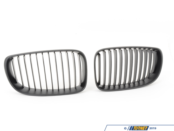 T#4502 - BM-0200 - Black Center Grills - E82 128i 135i - Turner Motorsport - BMW