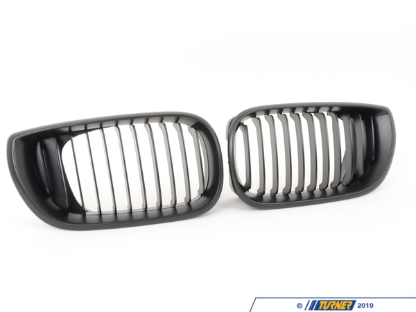 T#1441 - BME-1601-2312 - Black Center Grills - E46 Sedan 325i, 330i, 325xi, 330i 2002-2005 - Turner Motorsport -
