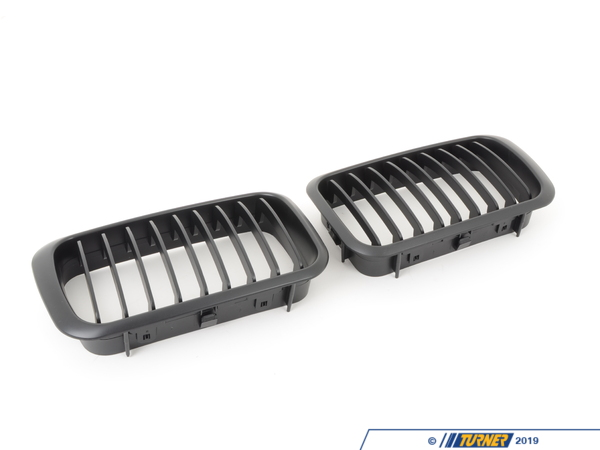 T#1508 - BME-1601-1011S - Black Center Grill Update - E36 318i/is 325i/is 328i/is M3 1992-1996 - Turner Motorsport - BMW