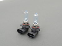 PIAA Xtreme White Plus 9005 High Beam Bulbs (set)