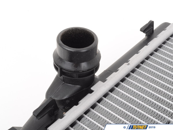 T#1219 - 17119071518 - E46 323/325/328/330 Manual, Z4 OEM Behr Radiator - Mahle-Behr - BMW