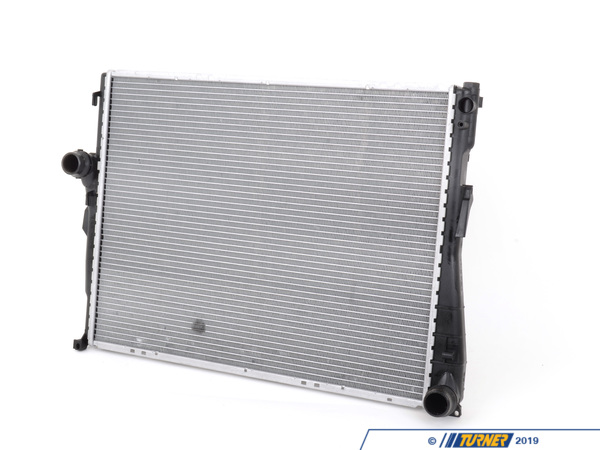 T#1219 - 17119071518 - E46 323/325/328/330 Manual, Z4 OEM Behr Radiator - This is a BEHR brand (OEM supplier to BMW) replacement radiator for all 1999-2006 E46 3 series (non-M), including 323i, 323Ci, 328i, 328Ci, 325i, 325Ci, 330i, 330Ci, and Z4 2.5 and 3.0. Don't pay the inflated list price from the dealer when you can save big, while still getting the highest quality radiator available for your BMW.Hailing from Stuttgart, Mahle-Behr specializes in automotive cooling systems. From air conditioning to engine cooling M-B has you covered with OE-quality replacement parts.This radiator fits the follow BMWs::Only for Manual Transmission 1999-5/2005  E46 BMW 323i 323ci 325i 325ci 325xi 328i 328ci 330i 330ci 330xi - Not for cars with M56 engine2003-2006  E85 BMW Z4 2.5i Z4 3.0i - M54 engine2006-2008  E85 BMW Z4 M Roadster M Coupe - Mahle-Behr - BMW