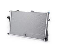 E39 525i/528i/530i (Manual, Automatic), E39 540i Manual 99-03 OEM Behr Radiator