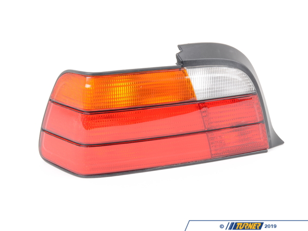 T#4570 - 63218353273 - Tail Light - Left - E36 2 Door - 323is 325is 328is M3 - This is the left (drivers side) tail light assembly for E36 Coupe and Convertible models. Not for 318ic, 318is or 318ti.  It has the standard amber turn signal color.  This item fits the following BMWs:1992-1998  E36 BMW 323is 323ic 325is 325ic 328is 328ic M3 - Not for 318ic, 318is or 318ti.   - Magneti Marelli - BMW