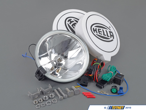 "T#402264 - 010032801 - Hella 700FF Driving Lamp Kit - HELLA, a family-owned independent company,innovates and advances automotive lighting by making everything bigger and brighter. This driving lamps are sure to keep the road ahead lit, while giving your BMW the iconiclook of HELLA lighting.Specifications:55 Watt Halogen LampsOver 7 1/4"" diameterZinc coated mounting hardwareHELLA light coversIncludeswiring, relay, and switch for a clean installation - Hella - BMW MINI"