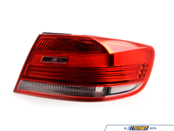 T#22050 - 63217174404 - BMW Rear Light In The Side Panel - 63217174404 - ULO -