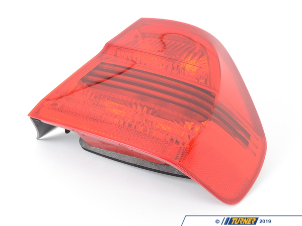 T#4789 - 63217161956 - OEM Hella Tail Light - Right - E90 325i, 328i, 330i, 335i, M3  - This is the right (passengers side) tail light assembly for E90 3 series sedan models. Replace your broken or cracked tail light with an OEM Hella assembly. Known to make lighting that is unbeatable, Hella is the best option available to have your BMW looking brand new once again.Hella is a premium manufacturer that supplies automotive parts to numerous car brands across the world. Everything from electrical to mechanical genuine parts have been made and supplied directly to BMW before the vehicles ever leave the production floor. Their high quality, long lasting parts have made them a trusted brand chosen to help keep your BMW on the road for many years to come.As a leading source of high performance BMW parts and accessories since 1993, we at Turner Motorsport are honored to be the go-to supplier for tens of thousands of enthusiasts the world over. With over two decades of parts, service, and racing experience under our belt, we provide only quality performance and replacement parts. All of our performance parts are those we would (and do!) install and run on our own cars, as well as replacement parts that are Genuine BMW or from OEM manufacturers. We only offer parts we know you can trust to perform!This item fits the following BMWs:2006-2008  E90 BMW 325i 325xi 328i 328xi 330i 330xi 335i 335xi M3 - sedan only - Hella - BMW