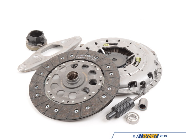 T#15202 - 21207567626 - Clutch Kit - E9x 325xi, 328xi, 330i, E60 528xi, 530i - OEM LUK Clutch Kit for the manual transmission in the E90 E91 E92 3 series and E60 5 series with the N52 engine. This is a complete kit, including clutch disc, pressure plate, throw-out bearing, and clutch alignment tool.  Not for cars with SMG transmission.  We also recommend replacing the aluminum bell housing screws listed below.This item fits the following BMWs:2006-2011  E90 BMW 325xi 328xi 328i xDrive 330i - Sedan2006-2012  E91 BMW 325xi - Wagon2009-2012  E91 BMW 328xi 328i xDrive - Wagon2007-2013  E92 BMW 328xi 328i xDrive - Coupe2004-2010  E60 BMW 530i 528xi 528i xDrive  - LUK - BMW