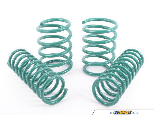"T#3696 - 29750 - H&R Sport Spring Set - E38 750iL - Front Lowering -2.00"" Rear Lowering  -0.50""Enhance the look of your BMW E38 750il with a reduced fender well gap. H&R Sport Springs lower the vehicle center of gravity and reduce body roll for better handling. The progressive spring rate design provides superb ride quality and comfort. A lower wind resistance signature will make the vehicle more streamlined and improve gas mileage. If you are only looking to improve one part of your vehicles suspension, you cannot go wrong with installing Sport Springs. Fun to drive, H&R Sport Springs are the number one upgrade for your vehicle.This item fits the following BMWs:1995-2001  E38 BMW 750il with self-leveling - H&R - BMW"