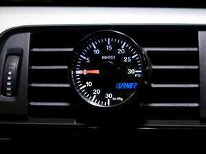 Turner Motorsport Boost Gauge with Vent Pod - Blue & White  E9x