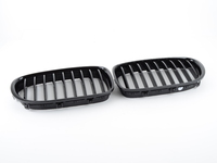 Replacement Gloss Black Front Grilles - F01 F02 7-Series